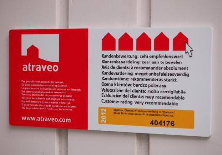 Bild Nr 2 - Plakette bei einem Ferienhaus im Weserbergland